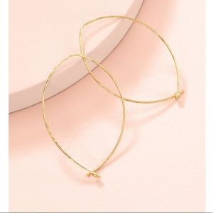 Stella & Dot NEW w/BOX Hammered Large Hoops-Gold